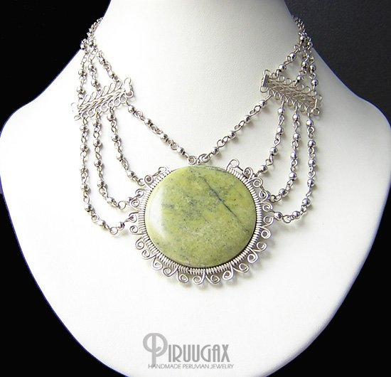 JADE SUN Silver Serpentine Medallion Necklace Choker