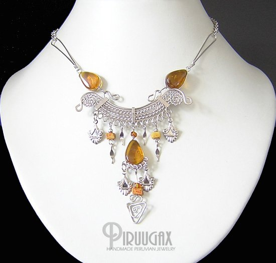INDIAN CLOVER Silver Honey Amber Murano Glass Necklace