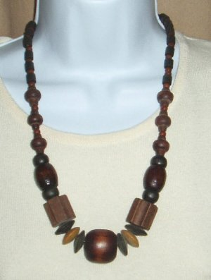 Vintage Wooden Necklace Chunky