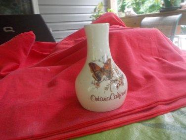 souvenir collectiable pottery vase