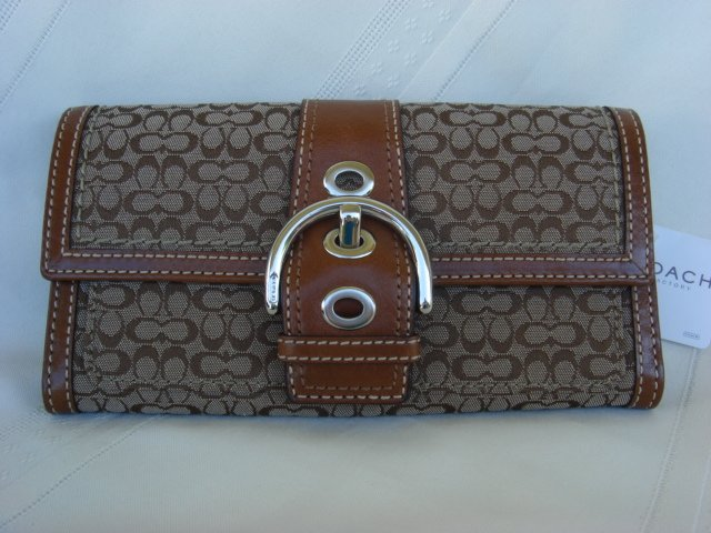Coach Mini Signature Slim Envelope Wallet F41516