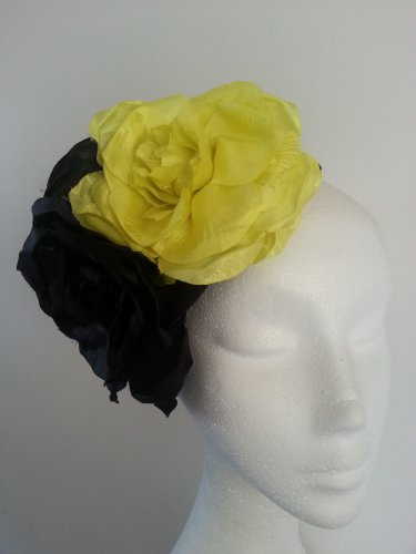 Floral Fascinator,Headpiece Ideal For The Races