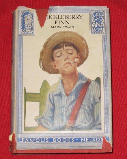 Vintage Mark Twain Huckleberry Finn Book- Collectible