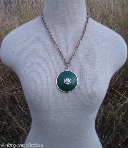 Vintage Chunky  Green Medallion Pendant Necklace