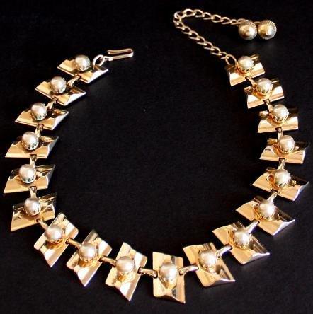 Vintage Hobe Egyptian Modernist Choker Necklace