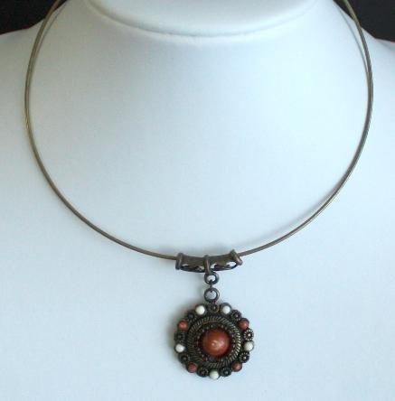 Vintage Slim Choker  Pendant  Necklace