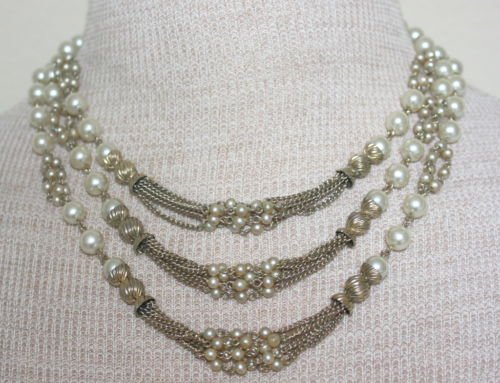 Vintage White Pearl & RhinestoneTiered Bib Necklace
