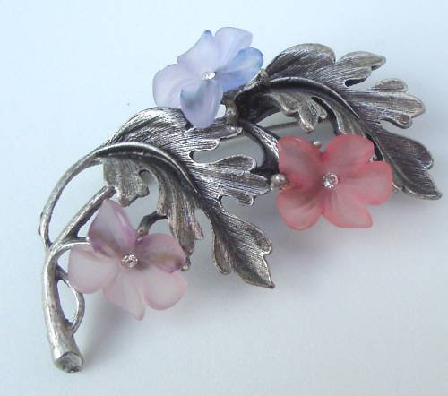 Vintage  Lia Pink Purple Flower Lucite Pin Brooch