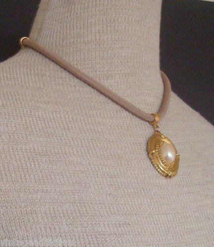Vintage 1928 White Pearl Pendant  Elegant Necklace
