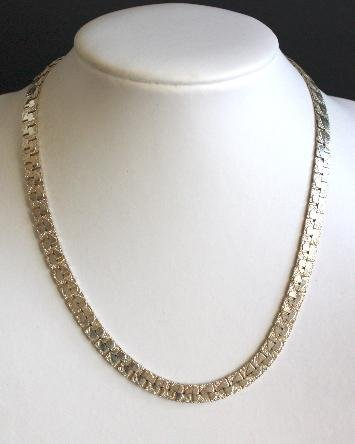 Vintage Silver Tone Wide Chain Necklace