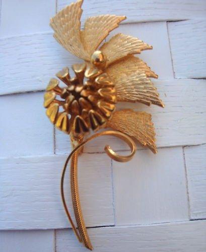 Vintage Large Golden Flower Pin Brooch