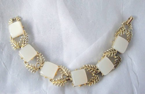 Vintage Coro  White Lucite  Bracelet