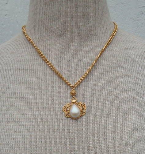 Vintage Cute  Avon Bug Rhinestone Pendant Necklace