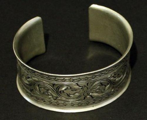 Unique Vintage Nouveau Deco Engraved Wide Cuff Bracelet