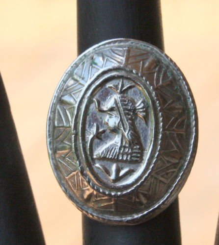 Vintage Oval Silver Cleopatra Chunky Adjustable Ring