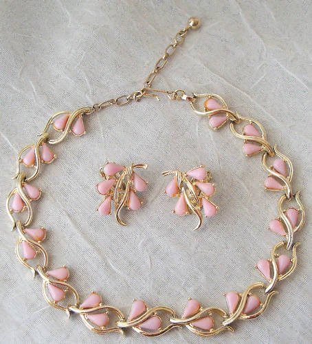 Vintage Pink Thermoset Necklace  Earrings Demi Set