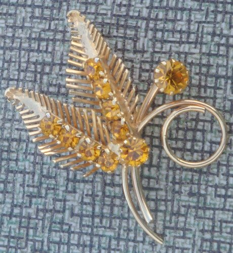 Lovely Vintage Vibrant Yellow Rhinestone Pin /Brooch