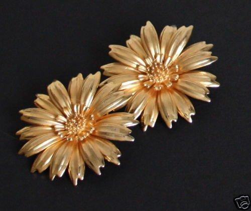 Vintage Blooming Daisy Flower Earrings