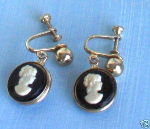 Vintage Cameo Dangle Screw Back Earrings