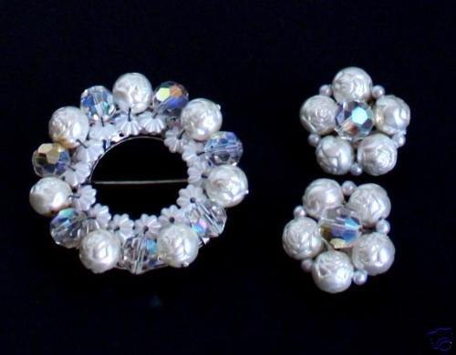 Vintage White Baroque Crystal Brooch Earrings Set