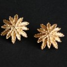 Vintage Avon Gold Tone Leaf Clip On Earrings
