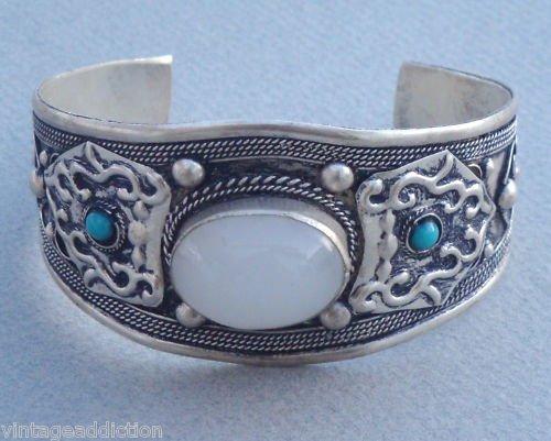 Outstanding Vintage Art Deco Stone Chunky Cuff Bracelet