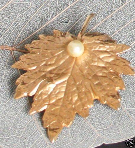 Vintage Signed Napier Golden Leaf Pin/Brooch