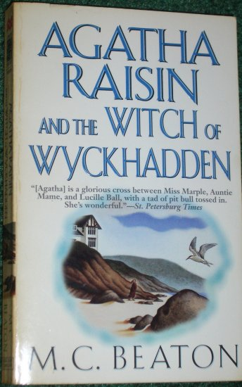 Agatha Raisin and the Witch of Wyckhadden by M.C. BEATON Murder Mystery PB 2000