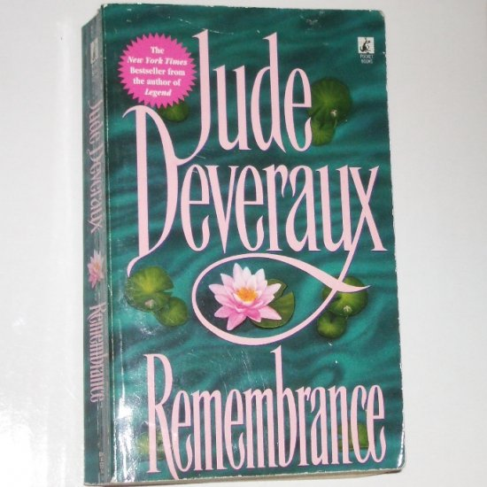 Remembrance by JUDE DEVERAUX Historical Time Travel Romance Paperback 1997
