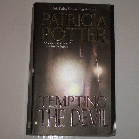 Tempting the Devil by PATRICIA POTTER Romantic Suspense Paperback 2006