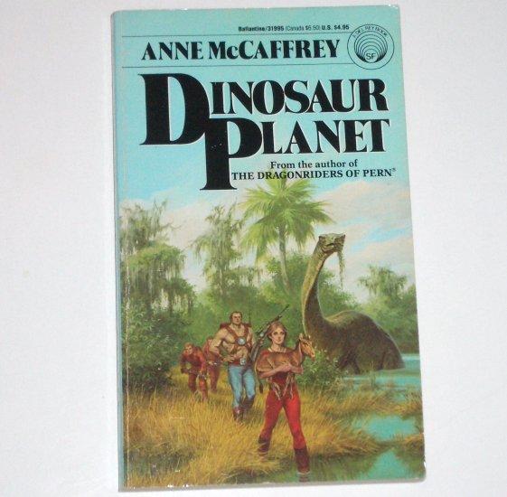 Dinosaur Planet by ANNE McCAFFREY Del Rey Science Fiction 1990