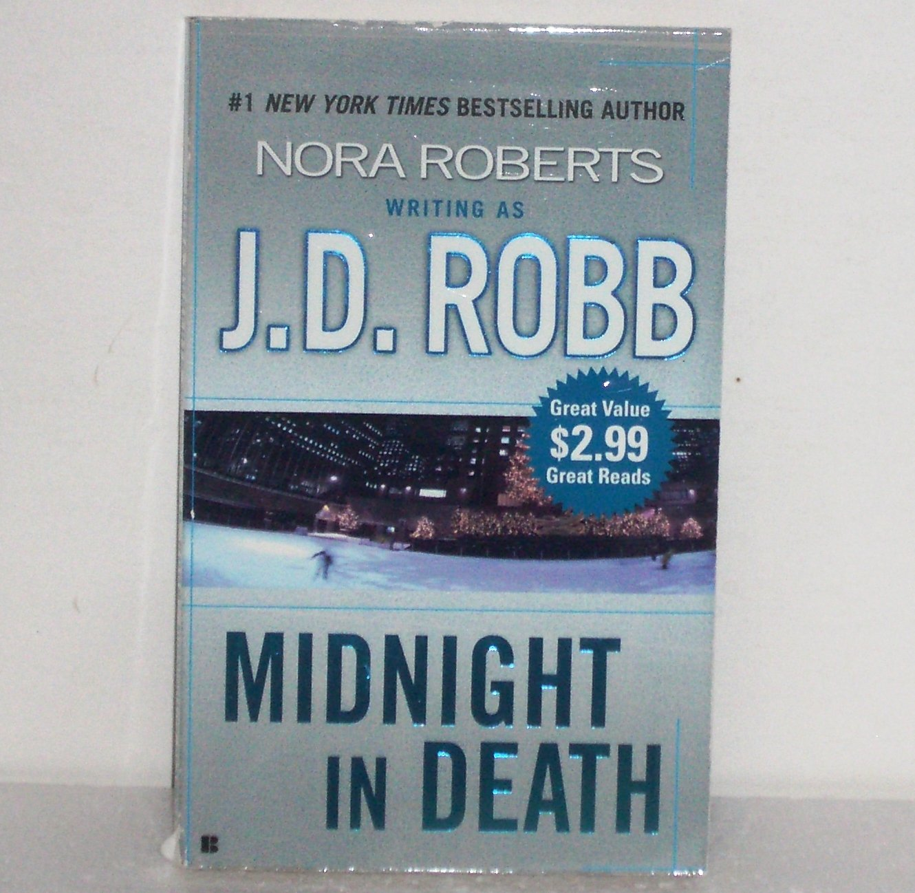 Midnight in Death by J.D. ROBB a.k.a. Nora Roberts 2005 Eve Dallas Mystery Series