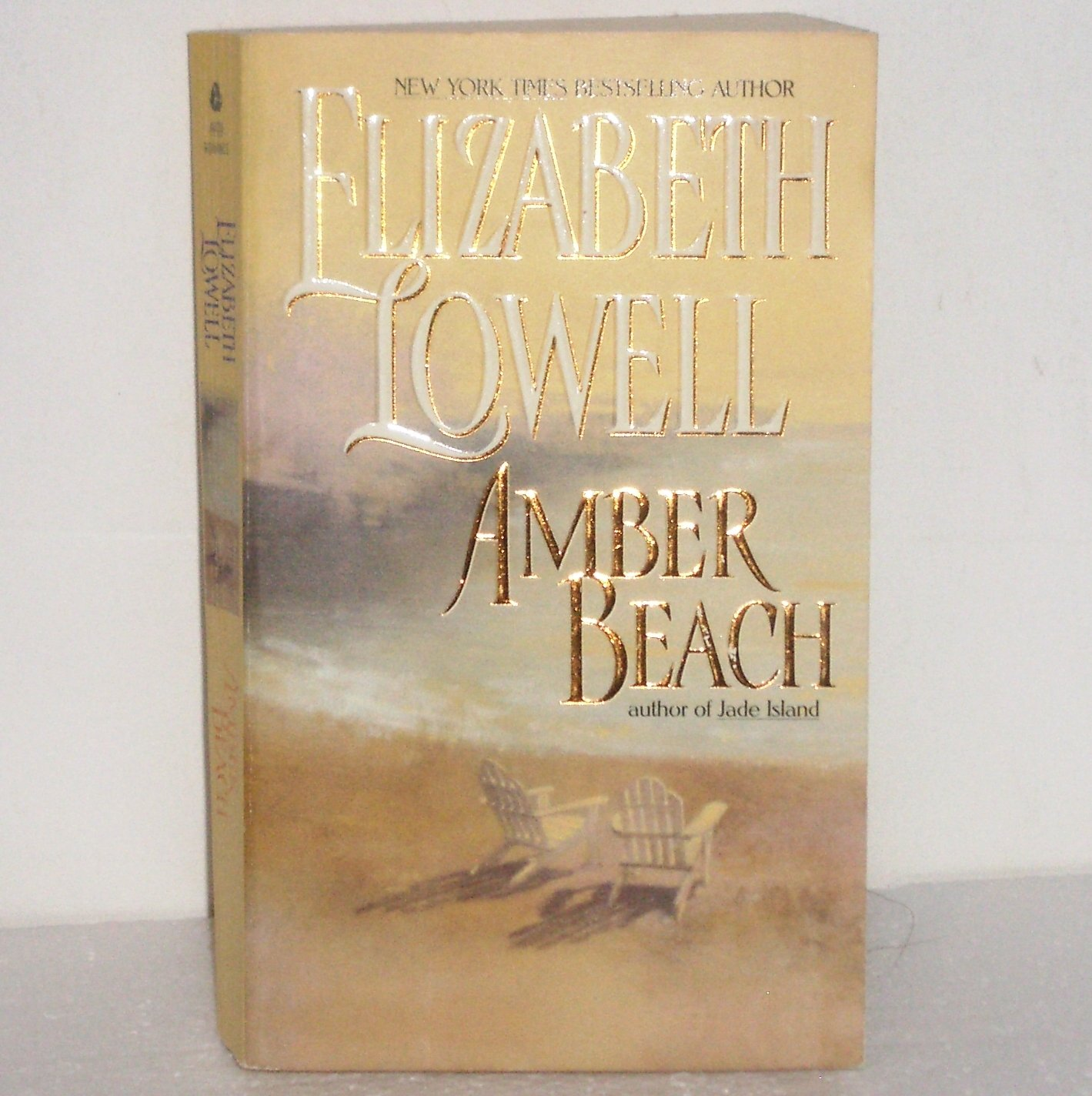 Amber Beach by Elizabeth Lowell Romantic Suspense 1998 Donovan Series