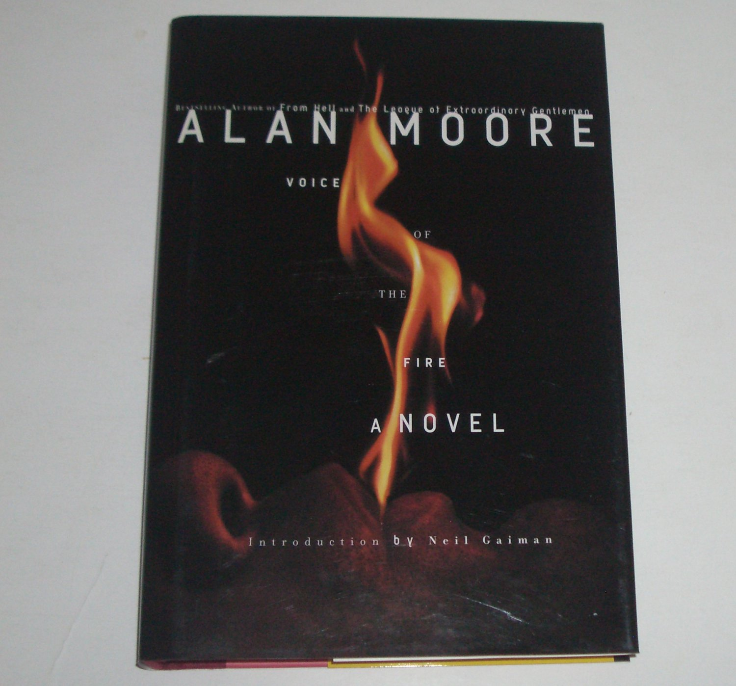 Voice of the Fire by Jose Villarrubia 2003 Hardcover with Dust Jacket
