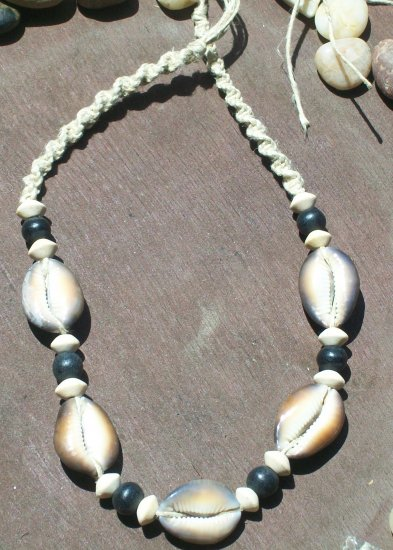 NATURAL COWRY SHELL NECKLACE