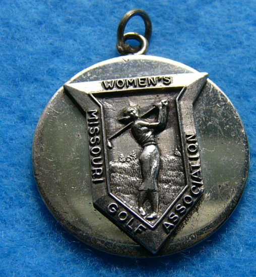 play through with this women's Missouri golf association charm