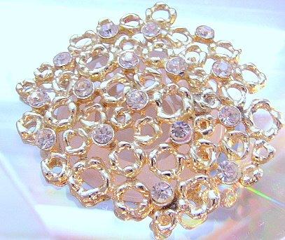 Peek a booo BIG Lace Like Goldtone Clear  rhinestone Pin