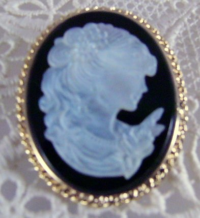 Mop Mother of Pearl vintage Cameo Pin Pendant
