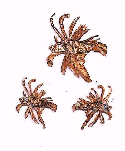 LIONFISH  FISH EARRINGS  PIN HAND PAINTED JEWELRY wow