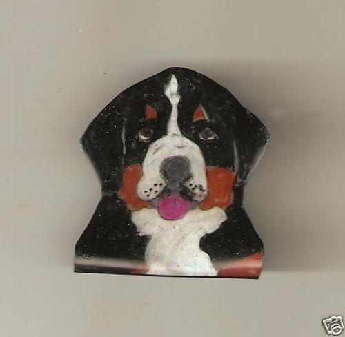 BERNESE MOUNTAIN DOG  PIN GIFT ANIMALS SHOW SWEET