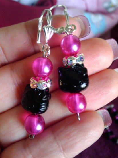 pink and black kitty earrings