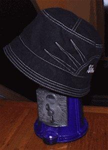 BLACK BUCKET CAP