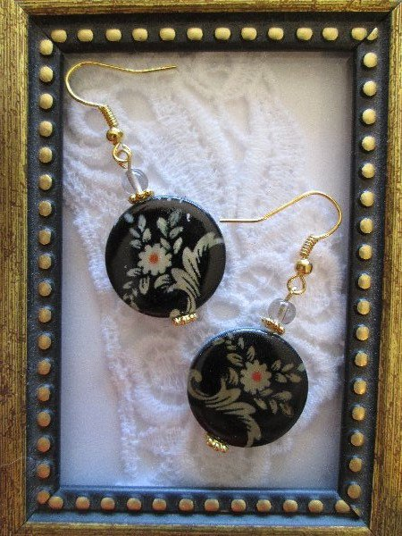 Flower Print Shell Gold Tone Earrings, Free Shipping!
