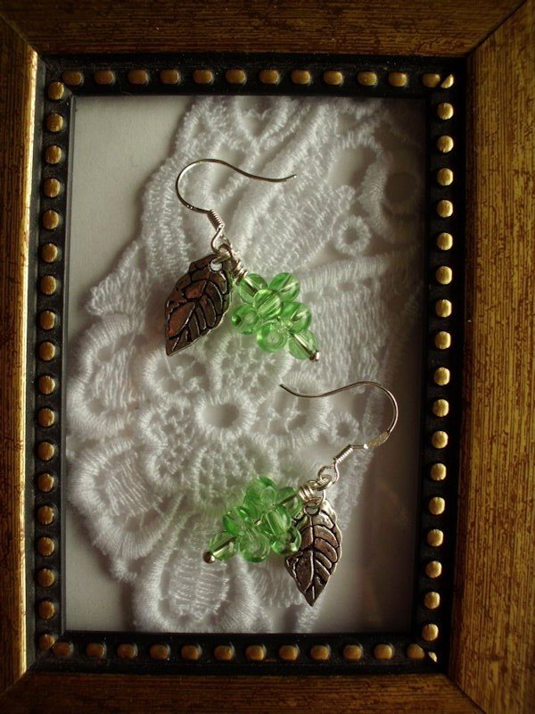 Light Green Grape Silver Tone Earrings, Free Ship!