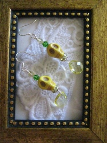 Halloween / Day of the Dead Yellow Carved Skull Earrings, Free Shipping!