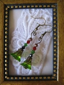 Handmade Green Glass Flower Copper Tone Earrings, Free U.S. Shipping!