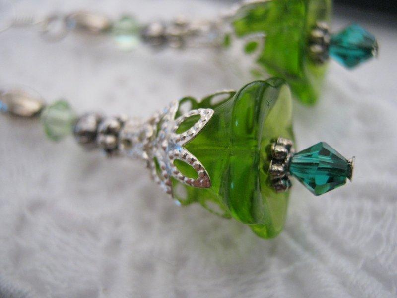 Handmade Vintage Style Green Glass Flower Earrings, Free U.S. Shipping!