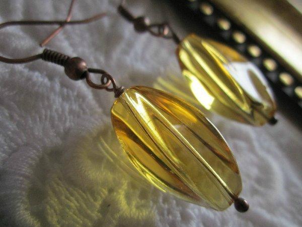 Handmade Honey Twisty Glass Earrings, Free U.S. Ship!