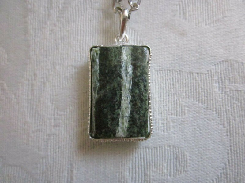New! Silver Tone Framed, Rectangle Shaped Green Serpentine Pendant Necklace