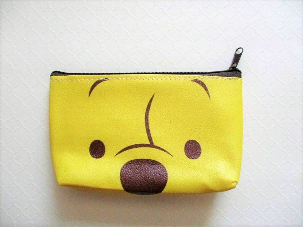 NIP Disney Winnie The Pooh Close Up Makeup Cosmetic Toiletry Pouch Bag Free Ship